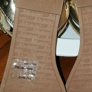 Breckelles Shoes - BRECKELLES 7.5 sandles worn once